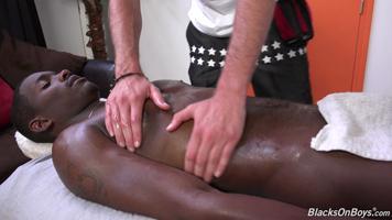 Le masseur qui rêvait de se prendre cette grosse queue
