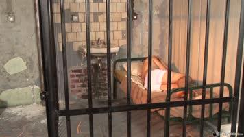 Détenu abusé en prison