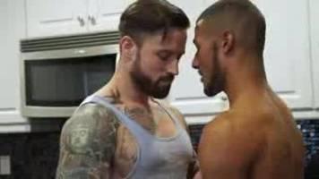 BAREBACK : Dominic Santos & Jordan Levine
